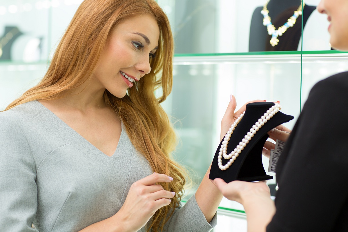 woman shopping jewelry
